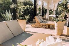 Mandarin-Oriental-Marrakech-Poolside-Relax